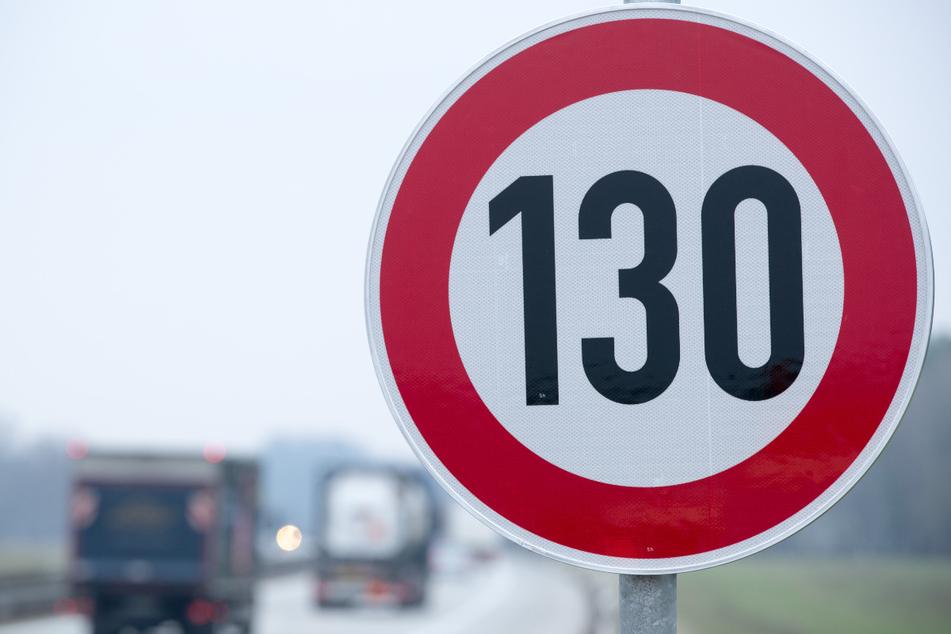 Auf einem Großteil der deutschen Autobahnen gilt kein Tempolimit. Kommt bald 130 überall? Nach Ansicht vieler Baden-Württemberger wäre das eine hervorragende Idee.