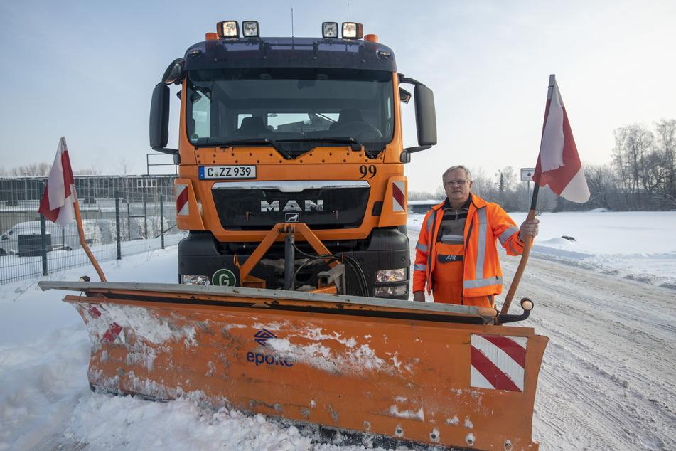 Die Winterdienstler des ASR hatten in dieser Saison alle Hände voll zu tun. Thomas Theiler (63) war am kältesten Tag mit bis zu -18 Grad mit dem Räumfahrzeug im Einsatz.