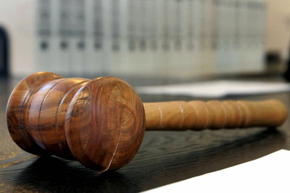 Für die nachträgliche Prüfung der vielen Corona-Verbote sind in erster Linie die Verwaltungsgerichte zuständig.