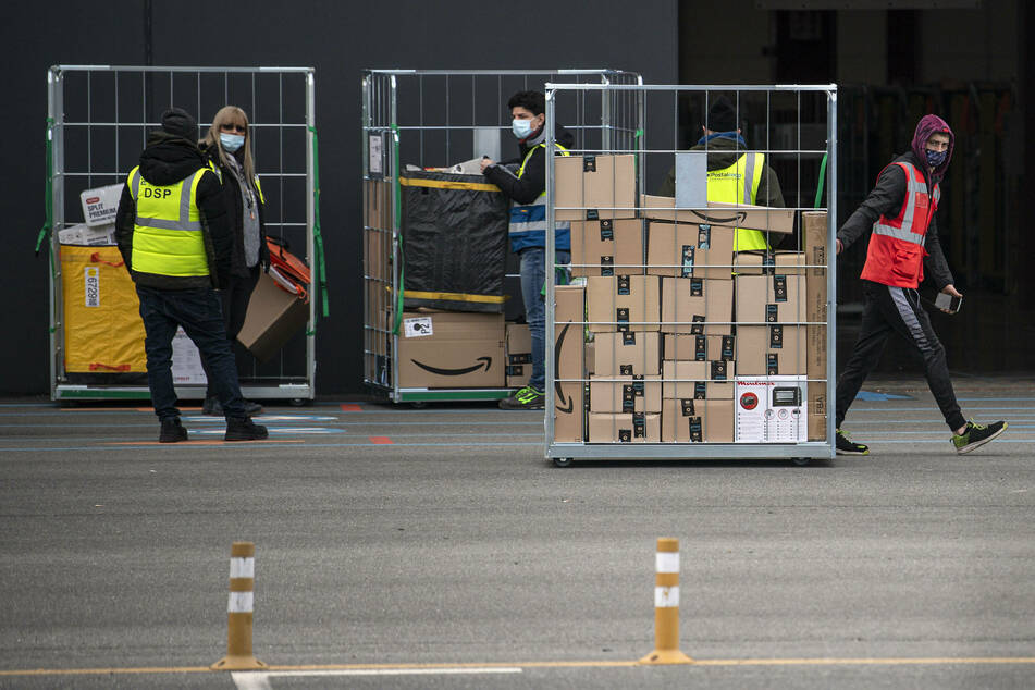 Amazon warehouse workers in Italy.