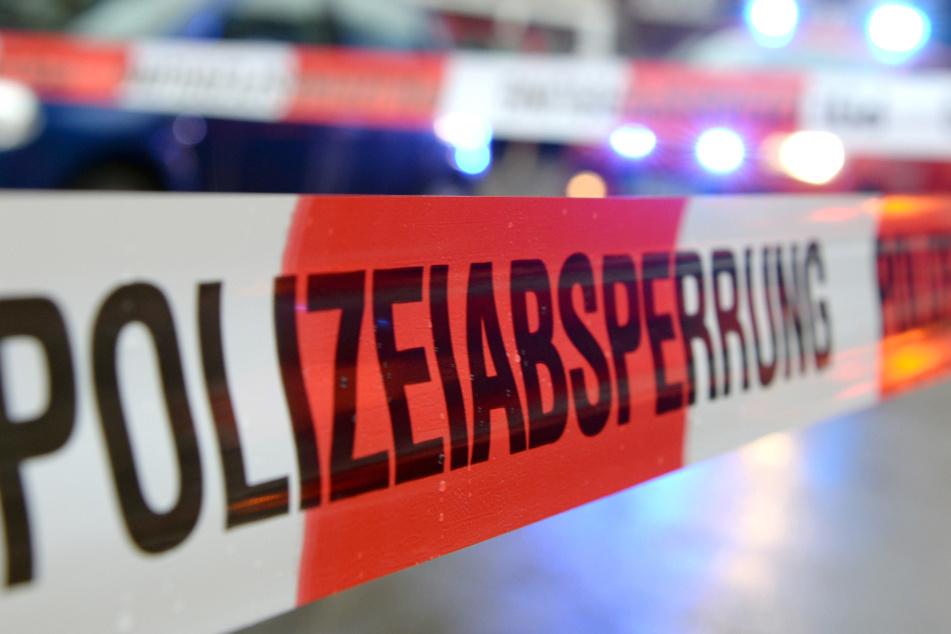 Die Polizei nahm die Frau in der Nähe des Tatorts fest. (Symbolbild)