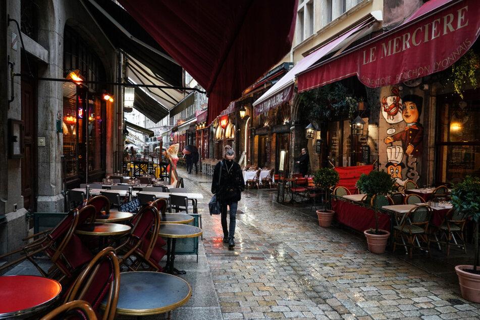 """Die """"maximale Alarmstufe"""" gilt nun unter anderem auch in Lyon."""