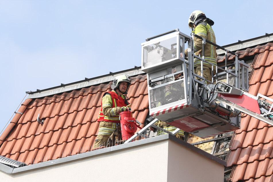 Brand in Laubegast: Als die Feuerwehr eintrifft, sind die Flammen schon aus