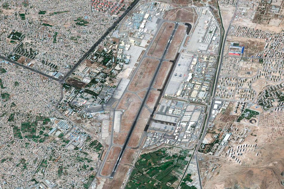 Afghanistan: Weitere Explosion am Flughafen Kabul, wohl Attacke von Amerikanern