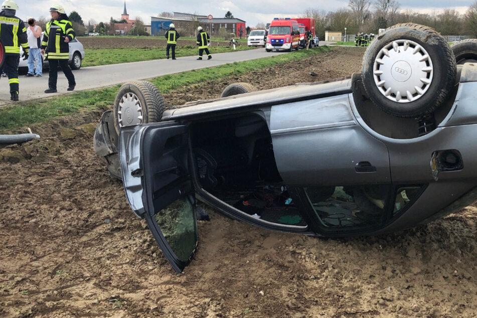 Unfall bei Worms: Auto überschlägt sich zwei Mal, Fahrerin schwer verletzt