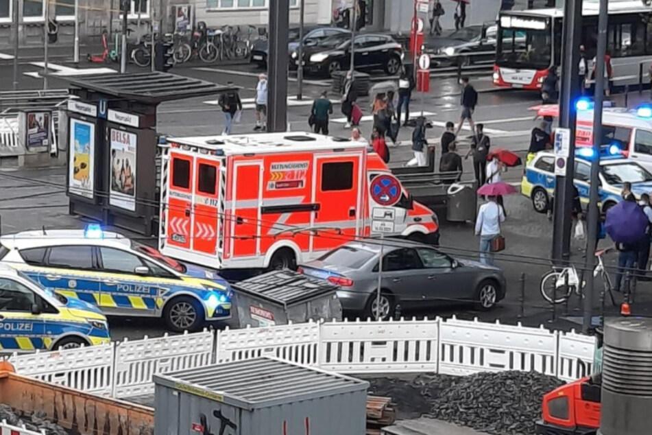 Köln: Messerstecher am Kölner Neumarkt: Opfer verwundet!