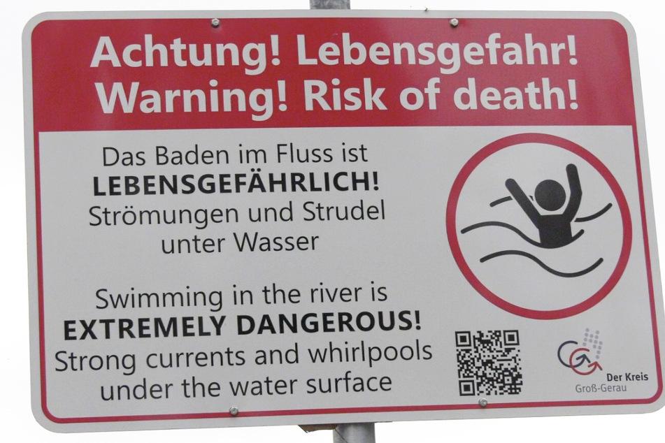 Badeunfall im Rhein: Frau bleibt verschwunden, wurde Warnschild missachtet?