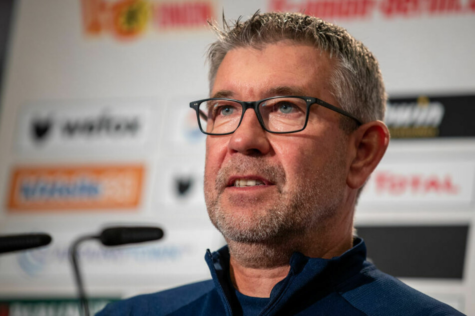 Union-Trainer Urs Fischer (54) hat in der Pressekonferenz am Donnerstag angekündigt, mutig gegen den nächsten Gegner Borussia Mönchengladbach agieren zu wollen.
