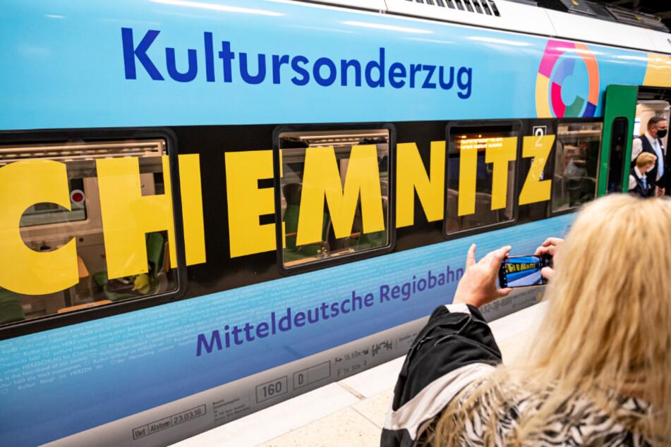 Der Kultursonderzug der Mitteldeutschen Regiobahn war immer pünktlich. Am Samstag steht er ab 12.15 Uhr im Chemnitzer Hauptbahnhof auf Gleis 6.