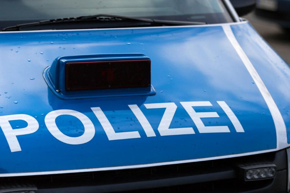 Der für politisch motivierte Taten zuständige Staatsschutz der Kriminalpolizei ermittelt. (Symbolbild)