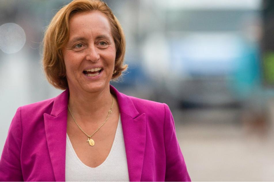 Beatrix von Storch (59), stellvertretende Fraktionsvorsitzende der AfD im Bundestag, kommt zur Wahlparty der AfD. (Archivbild)