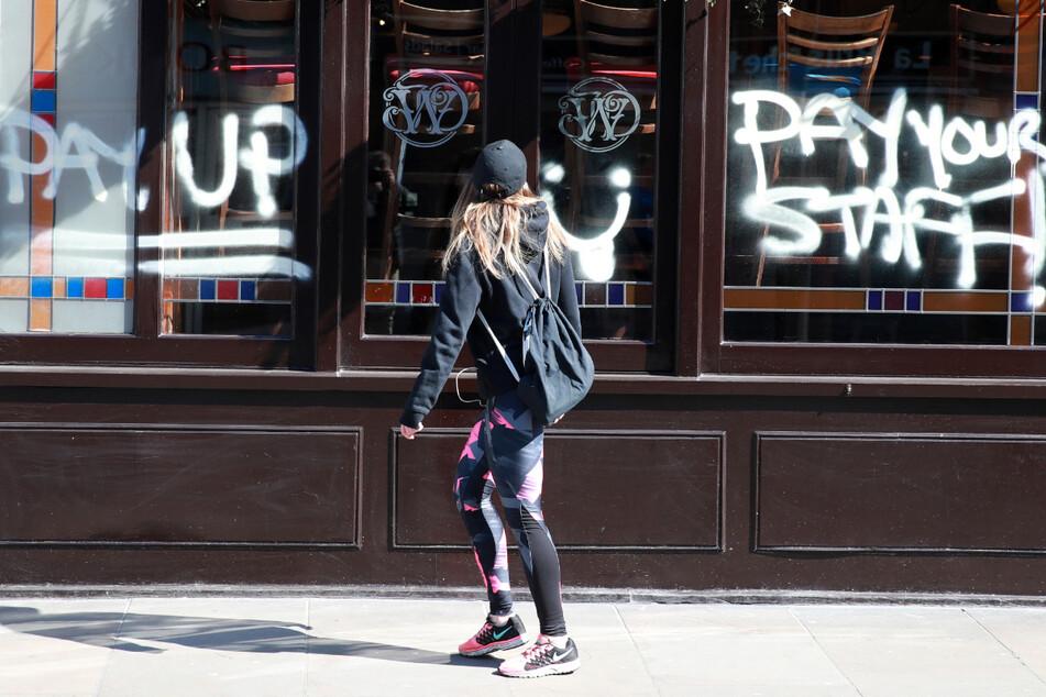 Strenge Visa-Regeln, kein Personal: Brexit-Hardliner braucht dringend EU-Arbeitskräfte