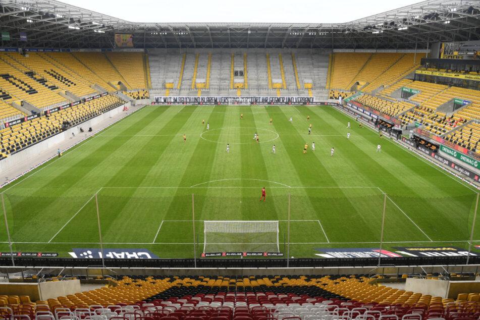Ganz so leer wie gegen den VfB Stuttgart werden die Zuschauerränge im Dresdner Rudolf Harbig-Stadion nicht sein.