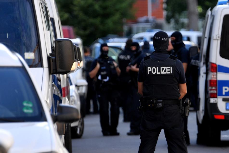 Schleusernetzwerk gesprengt: 500 Beamte in fünf Bundesländern im Einsatz