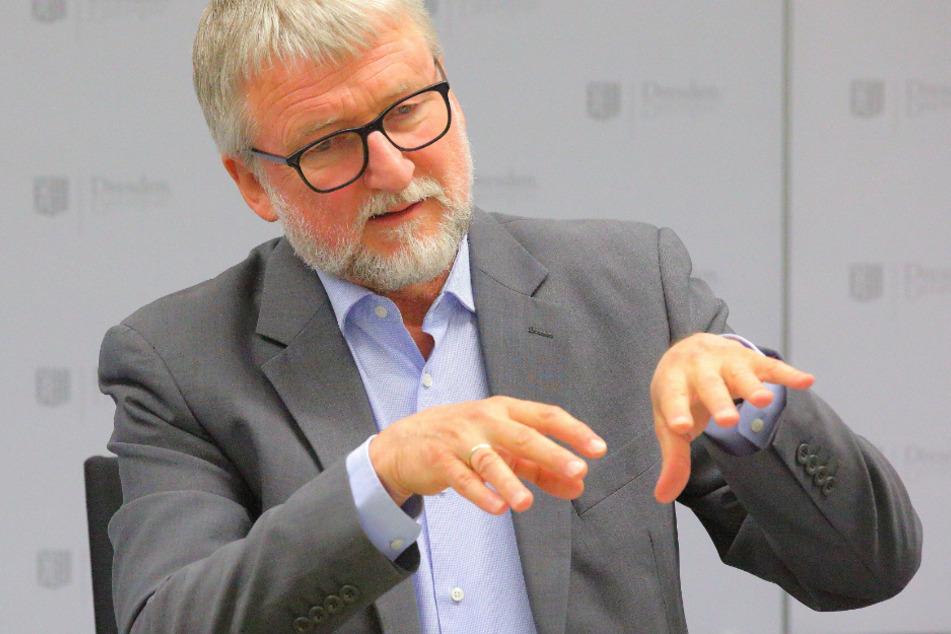 Durch das Regendefizit fehlt Wasser in den Grundwasserspeichern, so der Dresdner Umweltamtsleiter Wolfgang Socher.