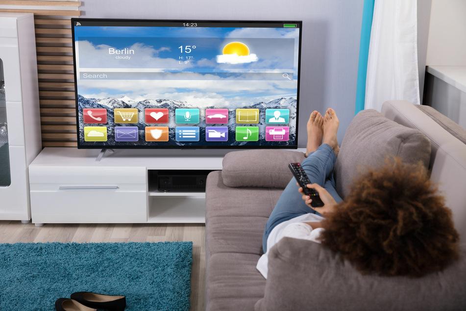 Wer abends gemütlich auf der Couch chillt, will sich keine Gedanken um seine Daten machen.