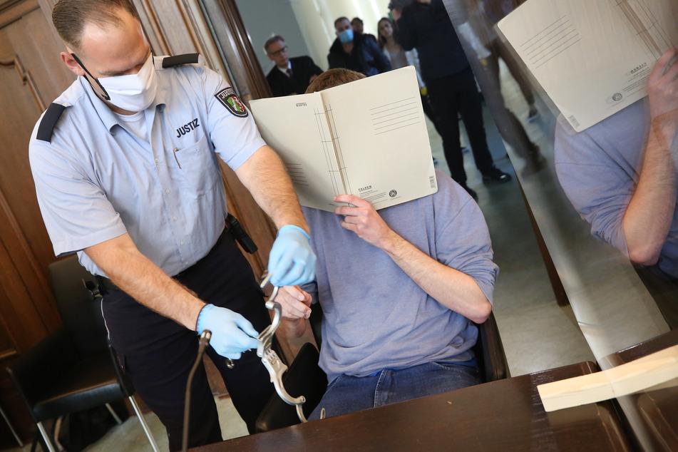 Bundesweiter Missbrauchsfall: Lange Haft und Psychiatrie für Soldaten!