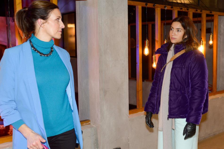 Laura (r.) trifft auf ihre Erzfeindin Katrin.