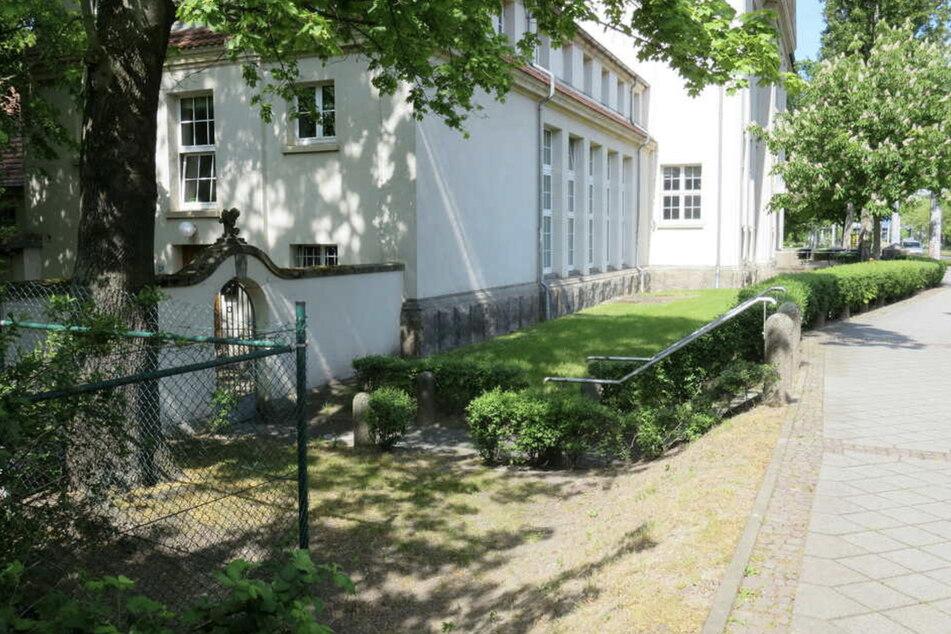 Auf einer Grünfläche an der Zwickauer Straße geschah der Überfall.