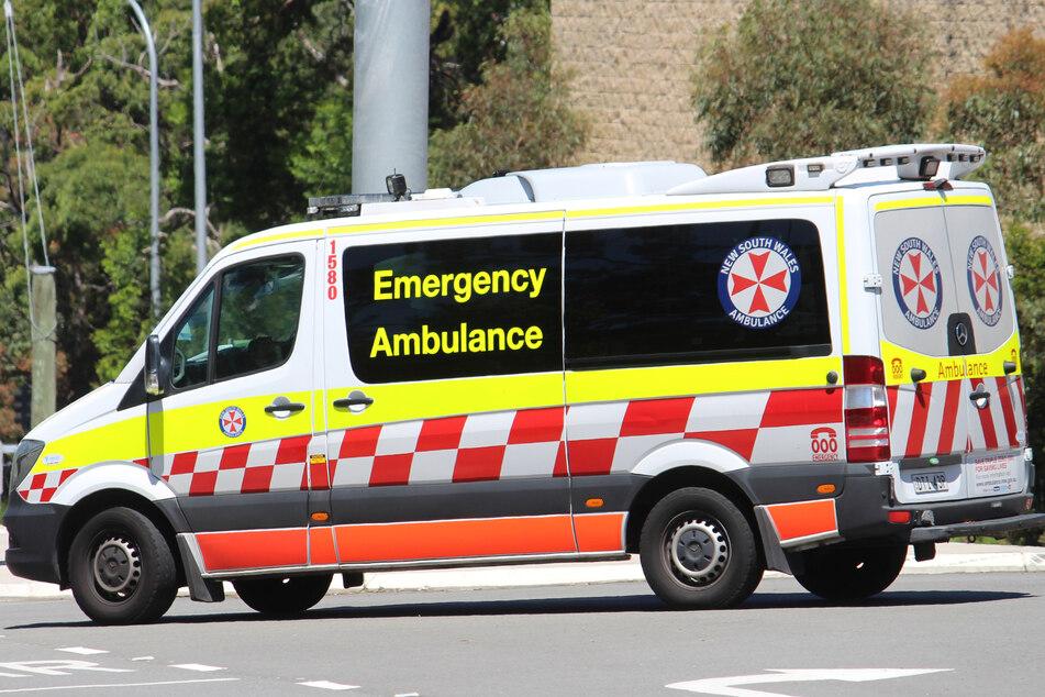 Zahlreiche Rettungskräfte trafen kurz nach dem Unfall vor Ort ein (Symbolbild).