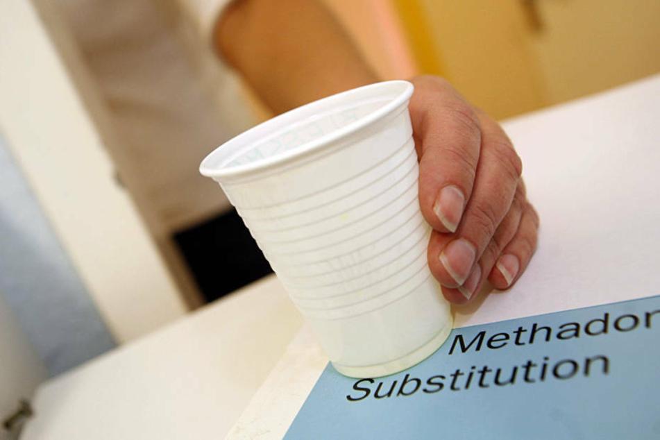 Methadon wird bei der Therapie von Heroin-Süchtigen als Ersatz eingesetzt (Symbolbild).