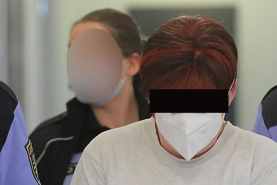 Anke F. (51) ist wegen Beihilfe zum Mord an Dirk W. dran, weil sie laut Anklage weder eingriff, noch der Quälerei ein Ende bereitete.