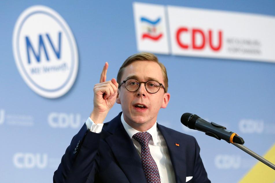 Der Bundestagsabgeordnete Philipp Amthor (28, CDU) wird anteilsmäßig am häufigsten beleidigt.