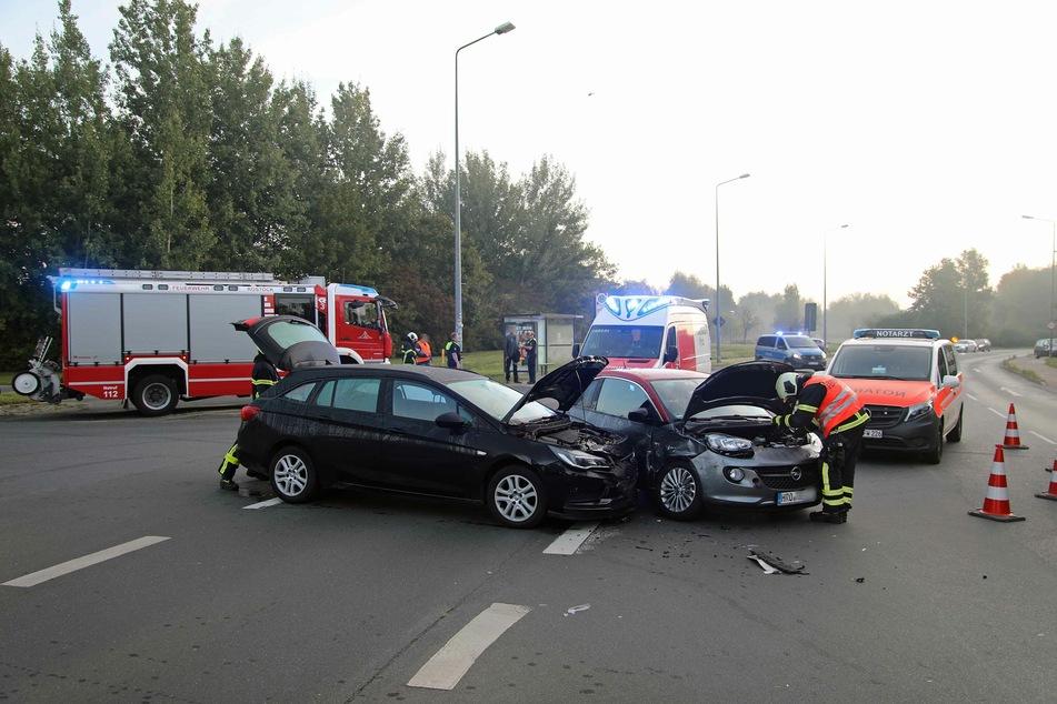 Vorfahrt missachtet! Fahrerin verletzt im Krankenhaus