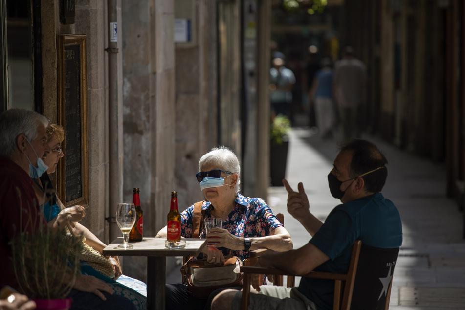 """In der spanischen Stadt Lleida wird um ein Ausgehverbot gestritten. Die Bürger finden es """"lächerlich"""". (Archivbild)"""