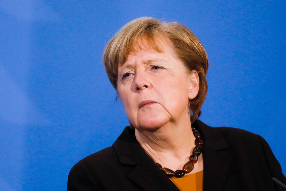 Kanzlerin Merkel (66, CDU) sichert sich mehr Macht in der Corona-Krise.