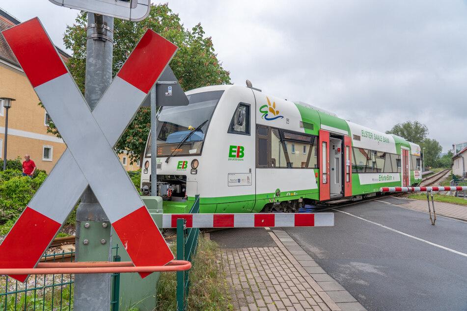 Ein achtjähriger Junge wurde in Bad Berka von einem Zug erfasst.