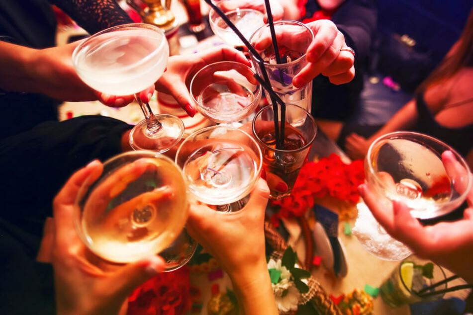 Nach langer Zeit sind größere Partys und Feiern wieder möglich. (Symbolfoto)