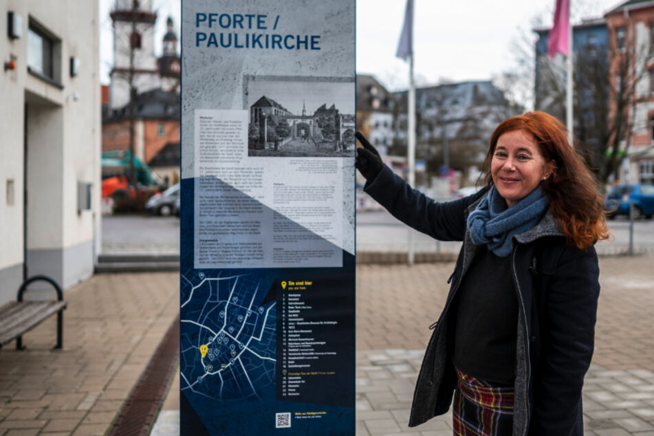 Chemnitz: Sechs Stelen erinnern an die Geschichte: Chemnitz im Wandel der Zeit