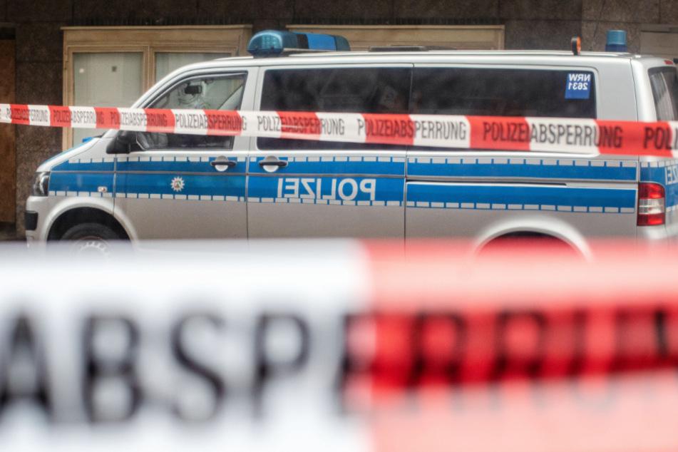 Am Sonntag wurde die Polizei in Rösrath zu einem Nachbarschaftsstreit gerufen. (Symbolbild)