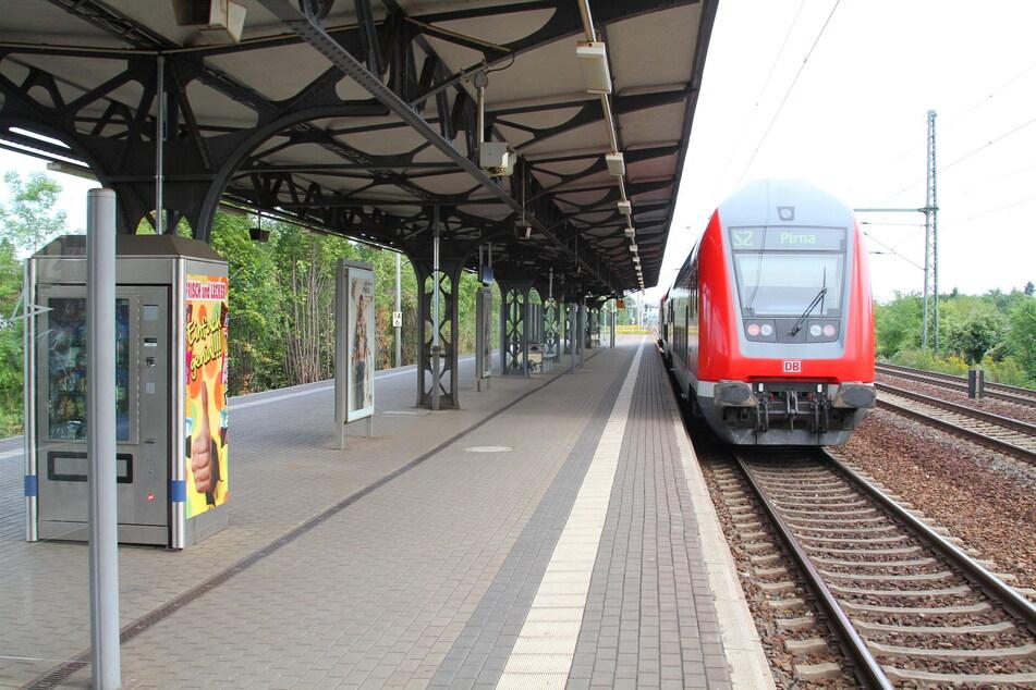 Die Polizei ermittelt aufgrund eines tödlichen Unglücks am Haltepunkt Strehlen im gleichnamigen Dresdner Ortsteil. (Symbolbild)