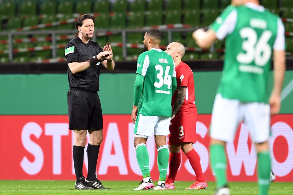 120 Minuten Nervenkitzel im DFB-Pokal-Halbfinale zwischen Werder Bremen und RB Leipzig konnten Gräfe am vergangenen Freitag nicht aus der Ruhe bringen.