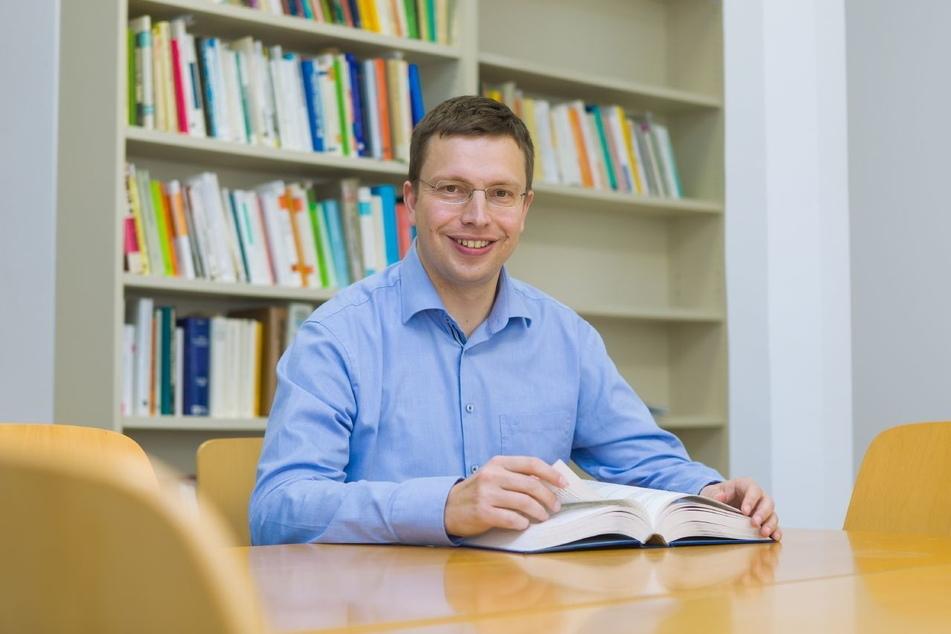 Psychologie-Professor Hannes Zacher (41) untersucht an der Universität Leipzig die Folgen des Corona-Lockdowns.