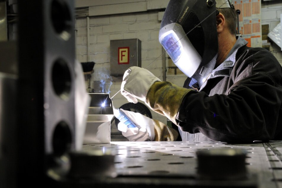 Die Metall-Industrie hat wohl die Talsohle in der Corona-Krise erreicht. (Symbolbild)