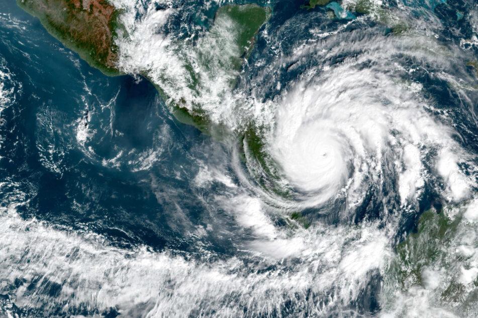 """Gefährlichster Hurrikan des Jahres? Angst vor Wirbelsturm """"Iota"""""""