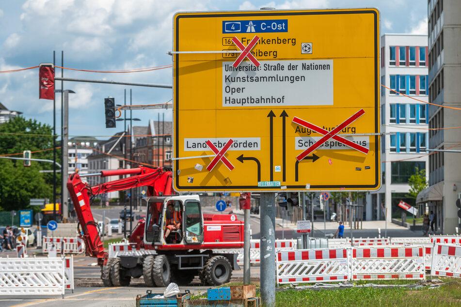 Sperrungen, Umleitungen und Einbahnstraßen, wohin man auch schaut in Chemnitz.