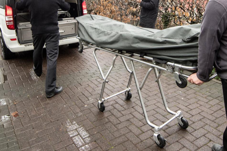 Mann (47) brutal mit Hammer tot geschlagen! Polizei sucht Zeugin