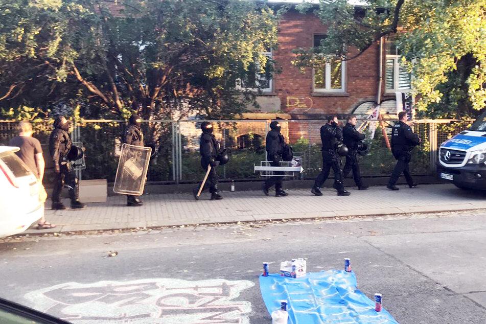 Gegen 21 Uhr ging die Polizei gegen die Besetzer vor.