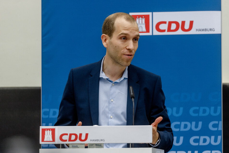 Hamburgs CDU-Fraktionschef Dennis Thering ist alles andere als zufrieden mit dem Corona-Management des rot-grünen Senats.