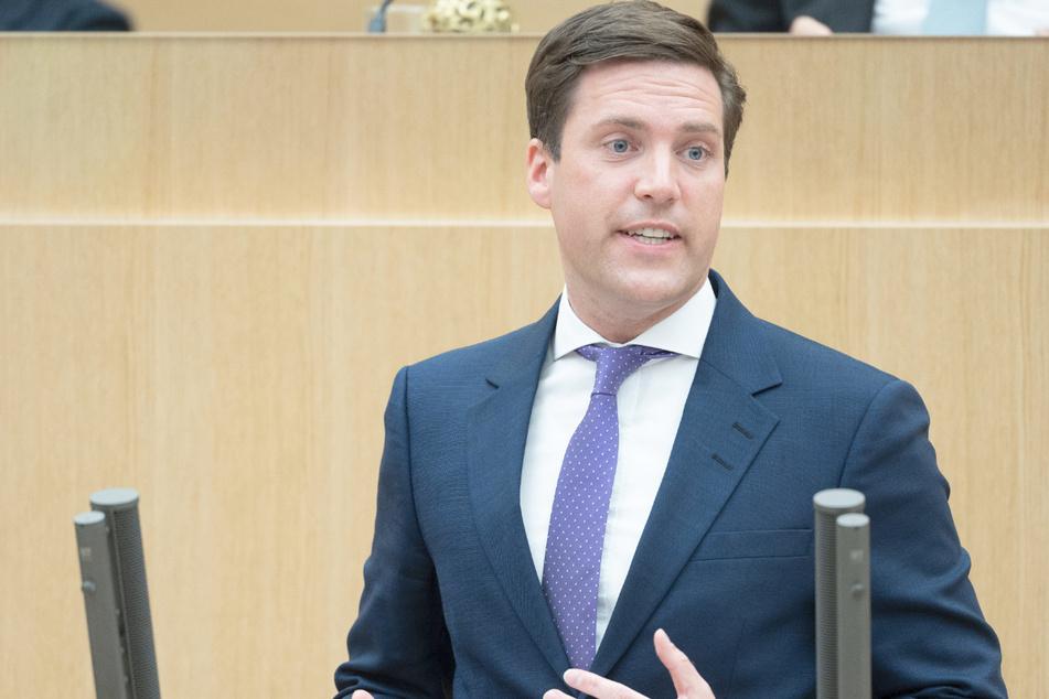 Manuel Hagel (32, CDU), Vorsitzender der CDU-Fraktion im Landtag von Baden-Württemberg, will jungen Familien helfen.