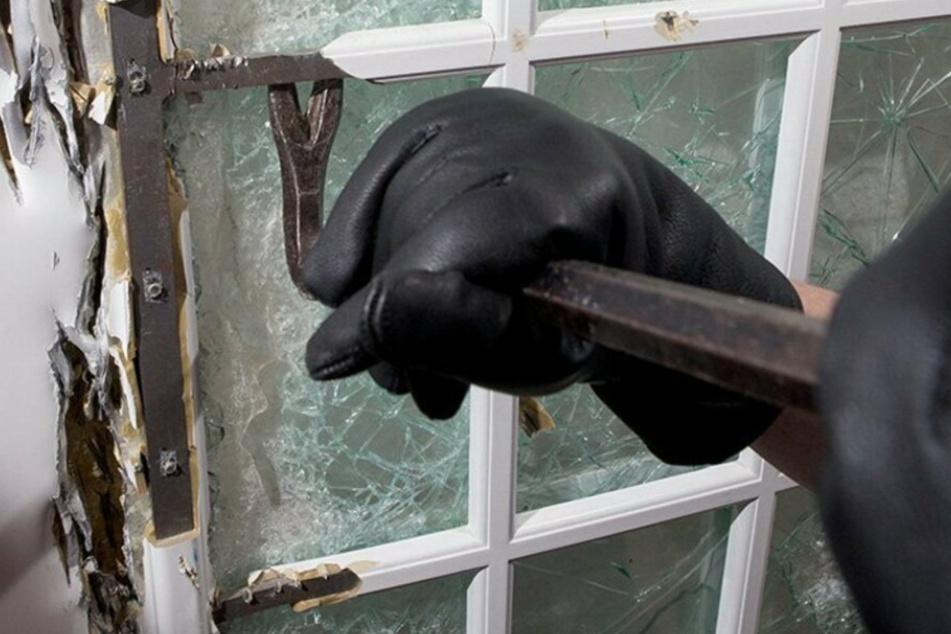 Jahrelang im Vogtland aktiv: Serien-Einbrecher meldet sich bei der Polizei