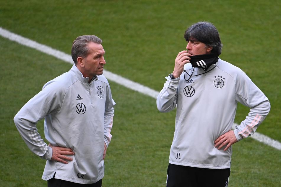 Andreas Köpke (59), Torwarttrainer und Bundestrainer Joachim Löw (61).