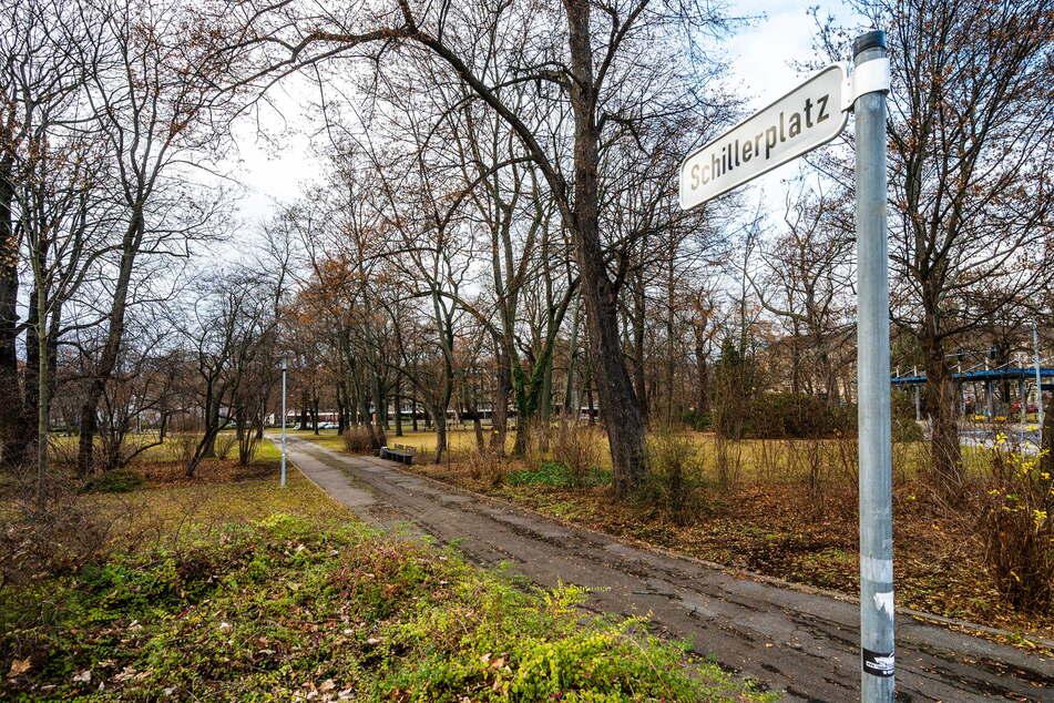 Tatort Schillerplatz: Hier wurde am frühen Sonntagmorgen ein Mann (21) brutal ausgeraubt (Archivbild).