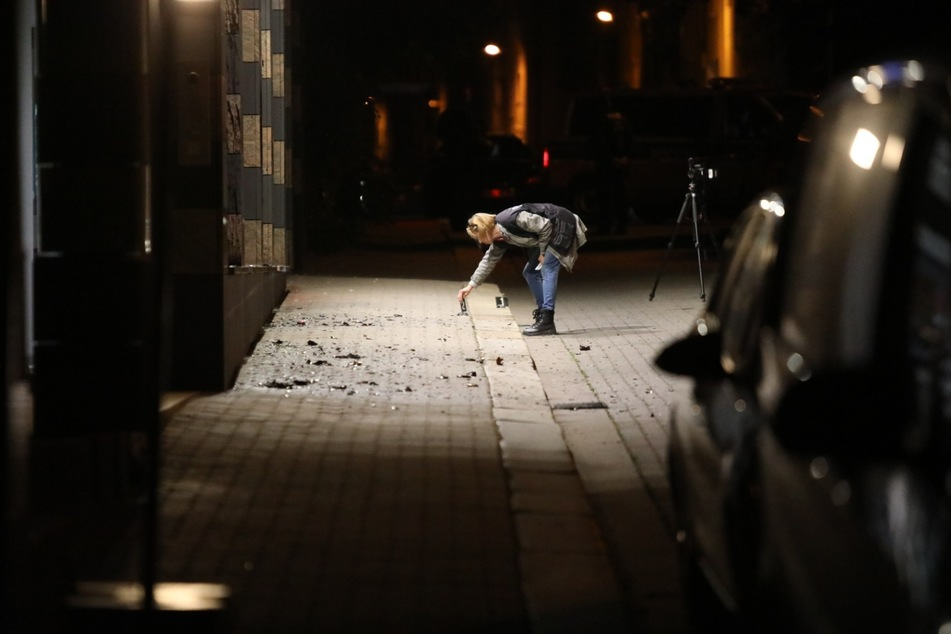 Noch in der Nacht wurden Spuren gesichert.