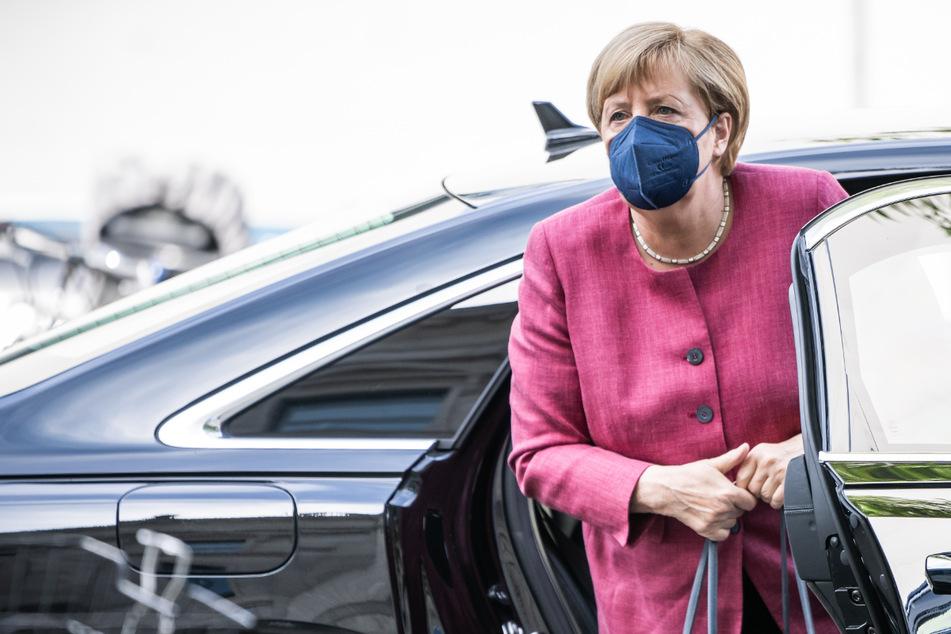 Bundeskanzlerin Angela Merkel (67) besucht am Montag die IAA in München.