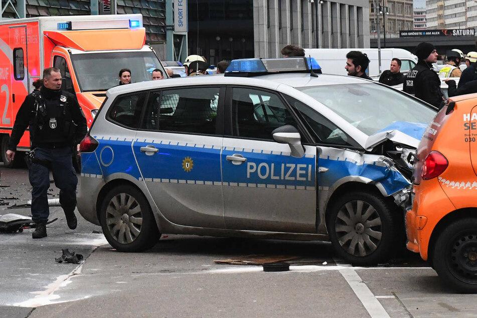 Am Donnerstag beginnt am Landgericht Berlin der Berufungsprozess gegen einen Polizisten, der im Januar 2018 mit seinem Streifenwagen einen tödlichen Unfall verursacht hat. (Archivfoto)